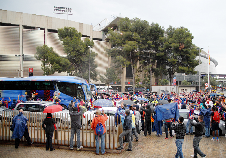Arrival of player bus