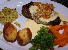 beef tenderloin in Stilton sauce