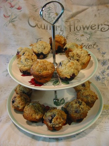 Buttermilk Berry Muffins