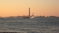 Le phare de l'Ile Vierge (Jrmie Janisson) Tags: ocean mer lighthouse wave bretagne vague swell phare le vierge