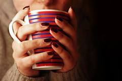 warm break (ozio-bao) Tags: winter hot 20d cup canon 50mm warm artistic tea drink expression 18 tazza caldo challengeyouwinner oziobao