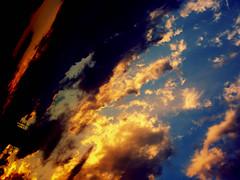 before Blackout.. (Aube insanit) Tags: sunset zonsondergang tramonto albaluminis ciel cielo nubes insanity mad blackout nuage soir   nube hemel sera wolk  folie nuageux cousherdusoleil  krankzinnigheid