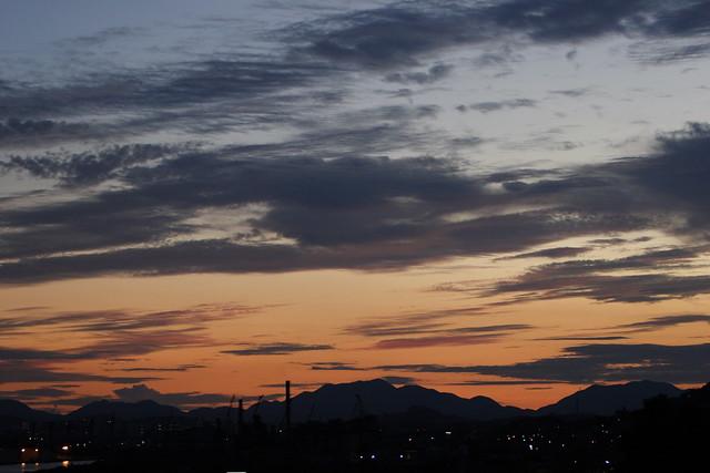 夕闇の稜線