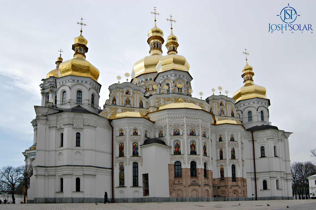 the lavra 2