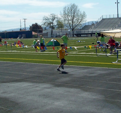 Ross running the 100 meter dash