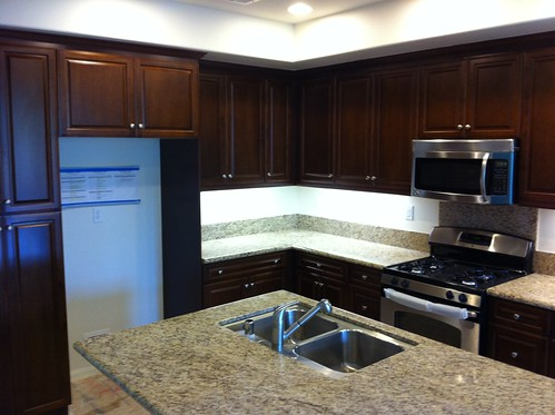 What Color Floor With Dark Cabinets Hardwood Floor Counter Top