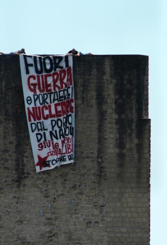 Napoli dice no alla guerra e al nucleare
