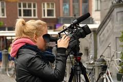 Women At Work (FaceMePLS) Tags: sony nederland thenetherlands videocamera groningen markt womenatwork nikond200 facemepls mannenaanhetwerk vrouwenaanhetwerk videoopname