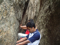 Dinesh (aanjhan) Tags: trekking bangalore rappelling rbin ramnagar chimneyclimbing