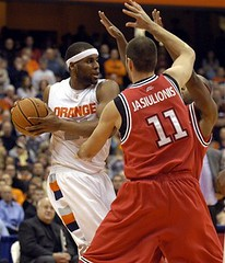 AP Photo of Arinze Onuaku vs Tomas Jasiulionis + DJ Kennedy