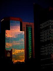 طق يامطر طق على قطر طق والشمس طالعة (| Rashid AlKuwari | Qatar) Tags: sunset rain architecture clouds doha برج غروب راشد ابراج قطر الدوحة مطر أبراج غيم برزان الكواري alkuwari َqatar lkuwari