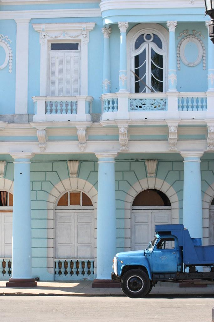 Cienfuegos - Cienfuegos, para R.E. Ames y esposa y para todos. 2190689656_0b34229369_b