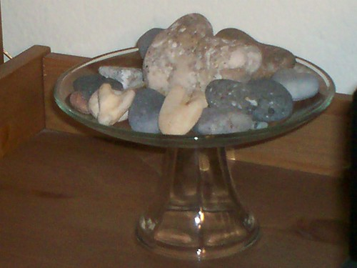 Heart Shaped Rocks on Cake Stand