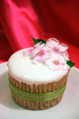 Elegant and Fresh Flower Cupcakes (cupcakesnouveau) Tags: flowers cupcakes miami gourmet cupcake weddings couture organize freshflowers flowercupcakes deliciouscupcakes customdesigned couturecupcakes gourmetcupcakes cupcakesnouveau cupcakesinmiami cupcakesmiami customdesignedcupcakes weddingsorganize