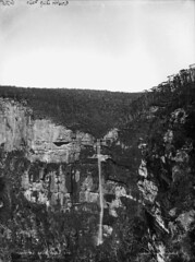 Govett's Leap Falls (Powerhouse Museum Collection) Tags: waterfall blackheath australia bluemountains lookout newsouthwales powerhousemuseum xmlns:dc=httppurlorgdcelements11 govettsleapfalls dc:identifier=httpwwwpowerhousemuseumcomcollectiondatabaseirn29752 kerryphoto charleshkerry