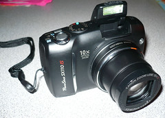 canon powershot SX110 IS (jacob earl) Tags: canon flash powershot manual canonpowershot zoomlens imagestabilization 10xopticalzoom sx110is canonpowershotsx110is 90megapixel powershotsx110is flipupflash