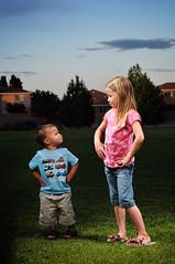 [フリー画像] [人物写真] [子供ポートレイト] [外国の子供] [少女/女の子] [少年/男の子] [兄弟/姉妹]     [フリー素材]