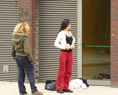 (#avril#) Tags: girls red mirror cloths globalvillage globalcity invitedphotosonly gvadminshalloffame itsabeautifulgv