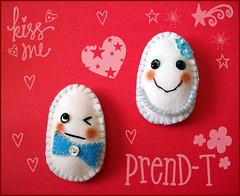 Huevos enojados (kiko y kuki)  (PrenD-T) Tags: broche handmade felt huevos eggs feltro llavero iman hechoamano fieltro imperdible