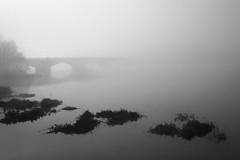 Rio Tormes (Fotografia Diselgraf) Tags: blackandwhite bw blancoynegro rio bn salamanca niebla tormes diselgraf cinemafoto
