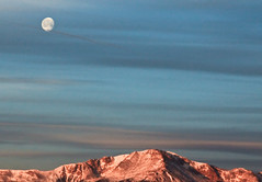 The dawn's early light (Moon over Pikes Peak) (iceman9294) Tags: morning moon sunrise dawn pikespeak chriscoleman iceman9294