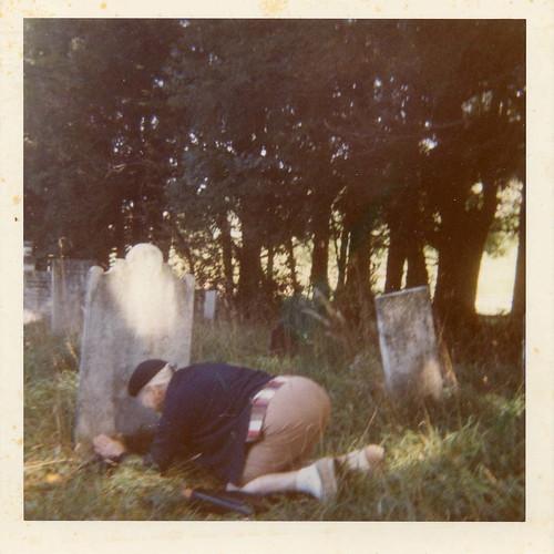 grammy grave rubbing