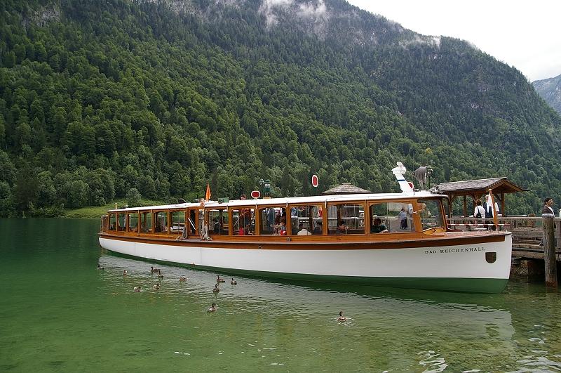 國王湖20_另一個小遊艇 要回去了.jpg