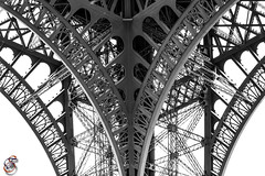 Detail - Tour Eiffel - Paris (Real_Aragorn) Tags: detail tour eiffel paris france tower