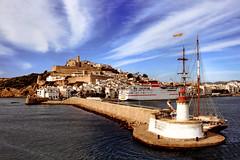 ibiza port (20062 j.diego) Tags: light lighthouse house port vila ibiza eivissa baleares balears dalt daltvila