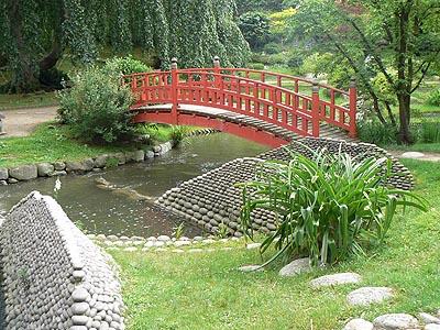 pont japonais.jpg
