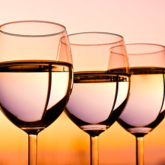 Sky drinks (Villi.Ingi) Tags: sunset sky stilllife orange canon square glasses evening still sweet good drinking vine explore getty nectar taste gettyimages palabra pipc firstquality dapa 40d artlibre goldenphotographer vineglasses