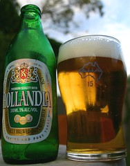 Hollandia beer served in an aussie 15OZ (OLDSKOOLDAVE) Tags: beer hollandia beerflickr beerflickrs