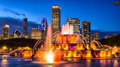Chicago Blues (Tobias Neubert Photography) Tags: skyline chicago buckinghamfountain blauestunde bluehour lichte lights langzeitbelichtung longexposure brunnen fountain stadt city hdr illinois usa