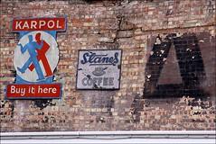 karpol (loop_oh) Tags: city uk greatbritain england london coffee advertising cosmopolitan unitedkingdom britain united great kingdom stadt gb weltstadt themse londen grossbritannien londre karpol britannien fassadenbeschriftung grosbritannien slanes cosmopolitancity