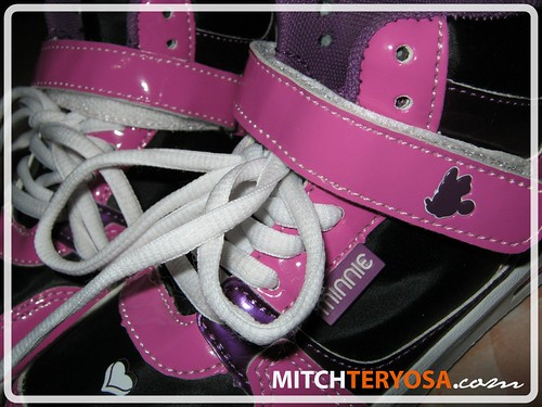 Deye's Minnie Rubber Shoes