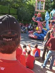 Tim enjoys the parade. (10/06/07)