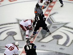 Opening face off (mark6mauno) Tags: hockey phoenix nhl losangeles los referee angeles center kings national staples league staplescenter doan coyotes nagy losangeleskings reinprecht nationalhockeyleague canonpowershots3is kopitar 200708