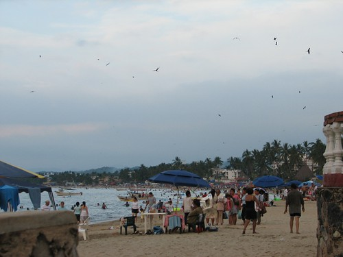busy Guayabitos beach
