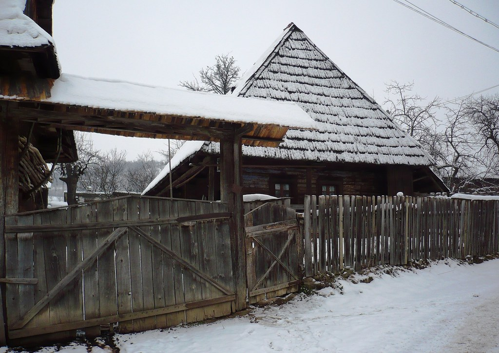 The world 39 s best photos of iarna and sacel flickr hive mind - Houses maramures wood ...