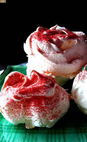 ginormous meringues with strawberry dust