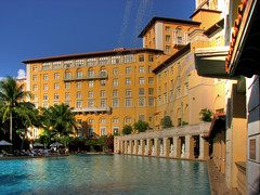 The Biltmore hotel - Miami (Nino H) Tags: usa water pool architecture swimming buildings hospital hotel construction eau miami hdr piscine coralgables htel hpital alwayssummer toujourst