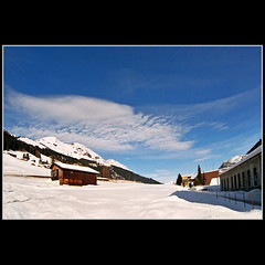 I want the house! (Katarina 2353) Tags: travel blue winter white ski mountains film nature landscape photography switzerland nikon flickr suisse image swiss paisaje center skiresort davos snowboard paysage priroda slope tjkp pejza katarinastefanovic katarina2353