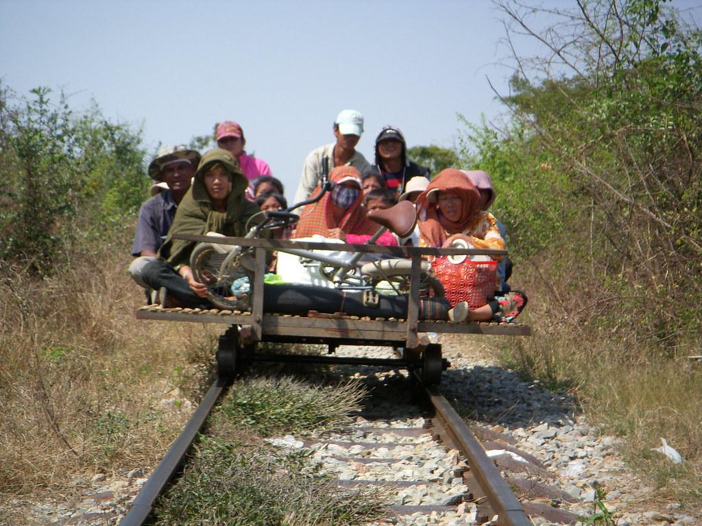 trafico en el tren de bambu