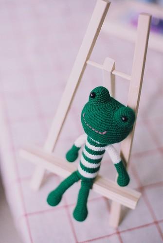 [毛線娃娃] 縮小版大眼蛙