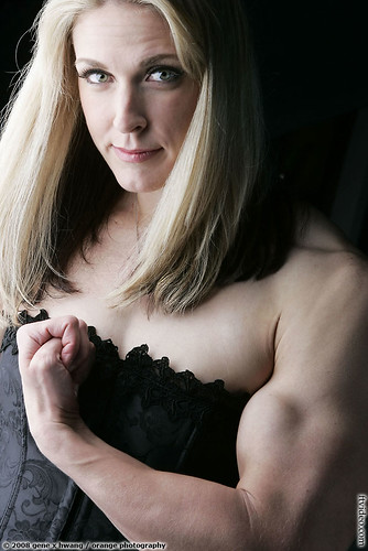Shawna Walker Of San Mateo Shows Biceps