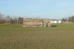 Bunker Pionierpark, Loppem (Erf-goed.be) Tags: bunker pionierpark zeedijkweg loppem zedelgem archeonet geotagged geo:lon=31795 geo:lat=511467 westvlaanderen
