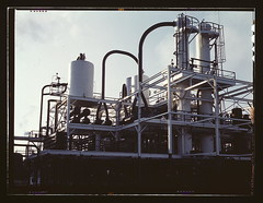 De-waxing plant at Mid-Continent refinery, Tul...