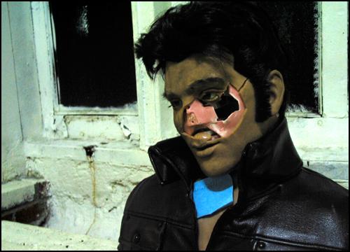 Zombie Elvis Karaoke-bot 1