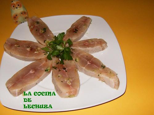 Casteñeta en salsa-cruda