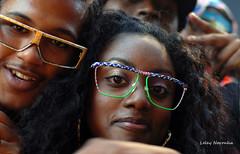 Crazy heads (Leley) Tags: nyc party people love glasses gente oculos potheads brazilianday abigfave duetos diaadiadobrasileiro yesiwokeupat3amcouldn´tsleepterrible